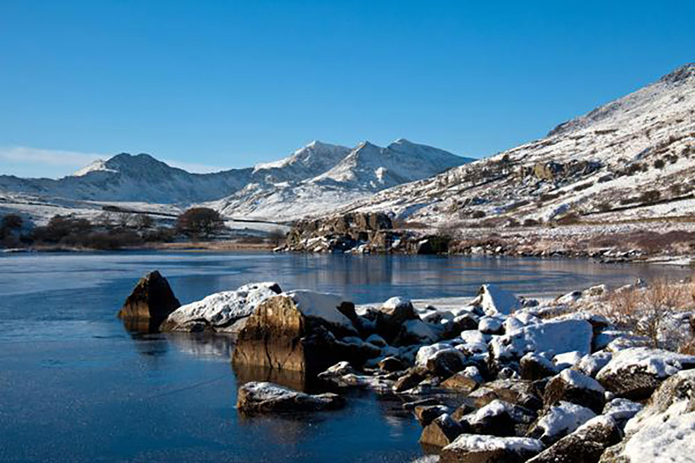 "Snowdon Horseshoe in winter"" />